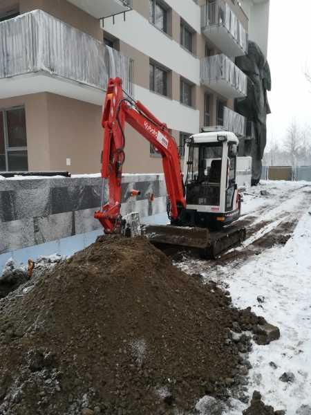 1 1 450x600 - Chemobudowa Kraków - instalacja teletechniczna - koparka kraków