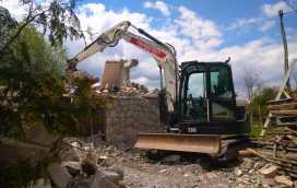 1 272x172 - Wyburzenie budynku mieszkalnego na Woli Justowskiej w Krakowie - koparka kraków