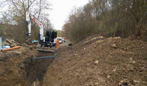 12 600x351 - Budowa kanalizacji sanitarnej Kraków Pychowice. - koparka kraków