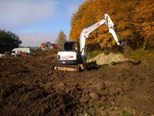 3 600x450 - Przygotowanie terenu pod nową inwestycję przy ul. Trockiego - koparka kraków