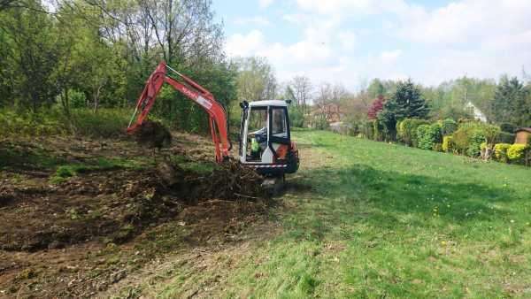 DSC 1087 1 600x338 - Wieliczka – przygotowanie działki pod nową inwestycję - koparka kraków